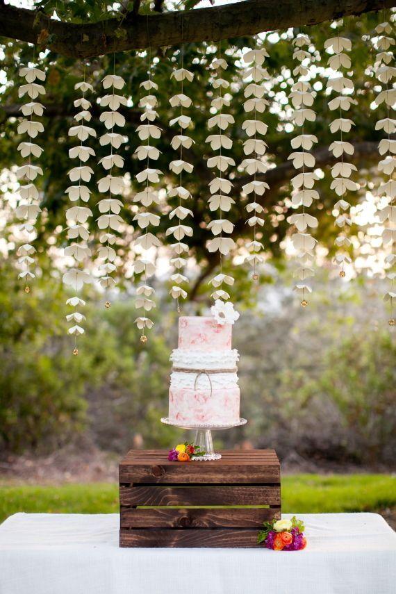 Ghirlanda Cu Flori Curgatoare Pentru Nunta