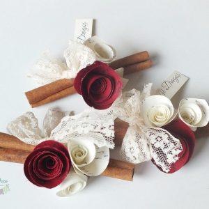 marturii de nunta elegante marturii personalizate batoane scortisoara flori si dantela vintage (Copy)